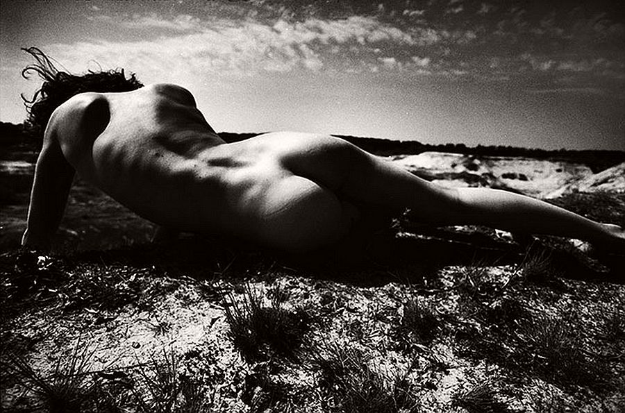 bogdan-gulyay-bw-nude-photographer-03