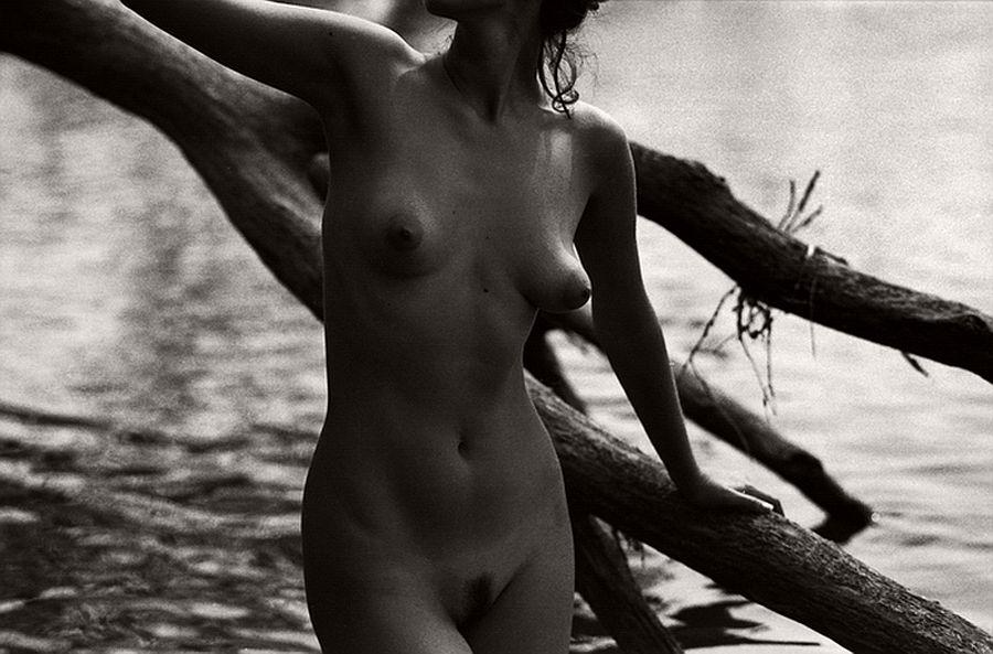 bogdan-gulyay-bw-nude-photographer-06