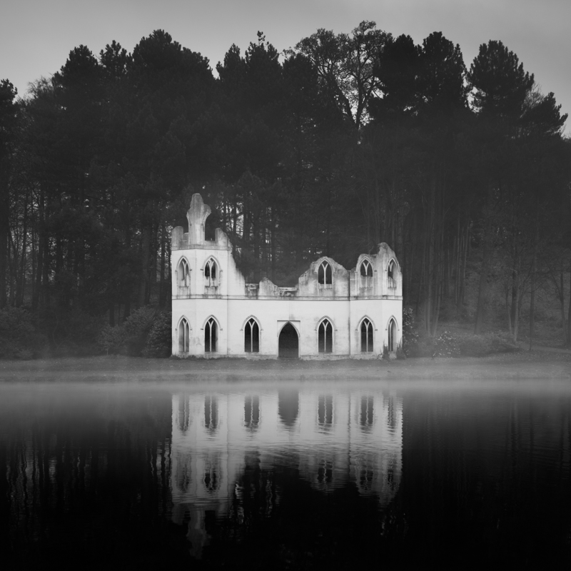 Abbey © Darren Moore – Honorable Mention in Architecture, Amateur