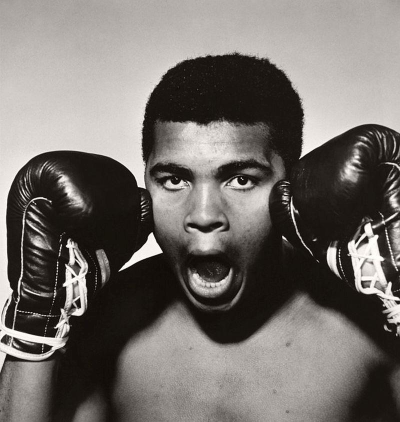 1963. The American boxer Muhammad ALI.
