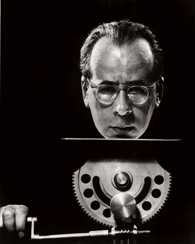 American photographer Philippe HALSMAN. 1954.
