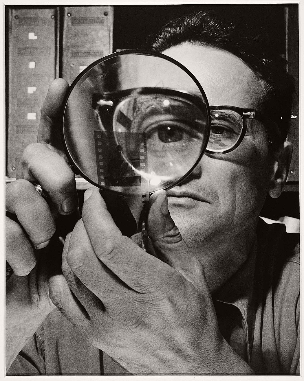 Andreas-Feininger-Self-portrait-1946