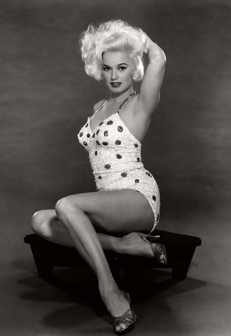 Mamie Van Doren-hollywood-actresses-top-20-hottest-1960s-in-bw