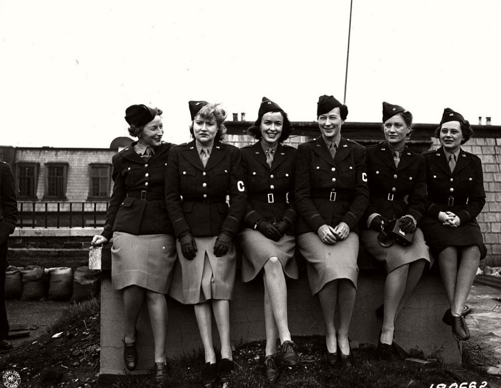 American Women In World War Ii Vintage Photos X