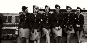 Vintage: Photos of American women in World War II
