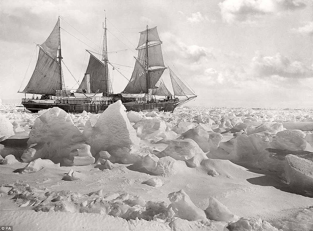 sir-ernest-shackletons-1915-expedition-to-the-antarctic-vintage-07