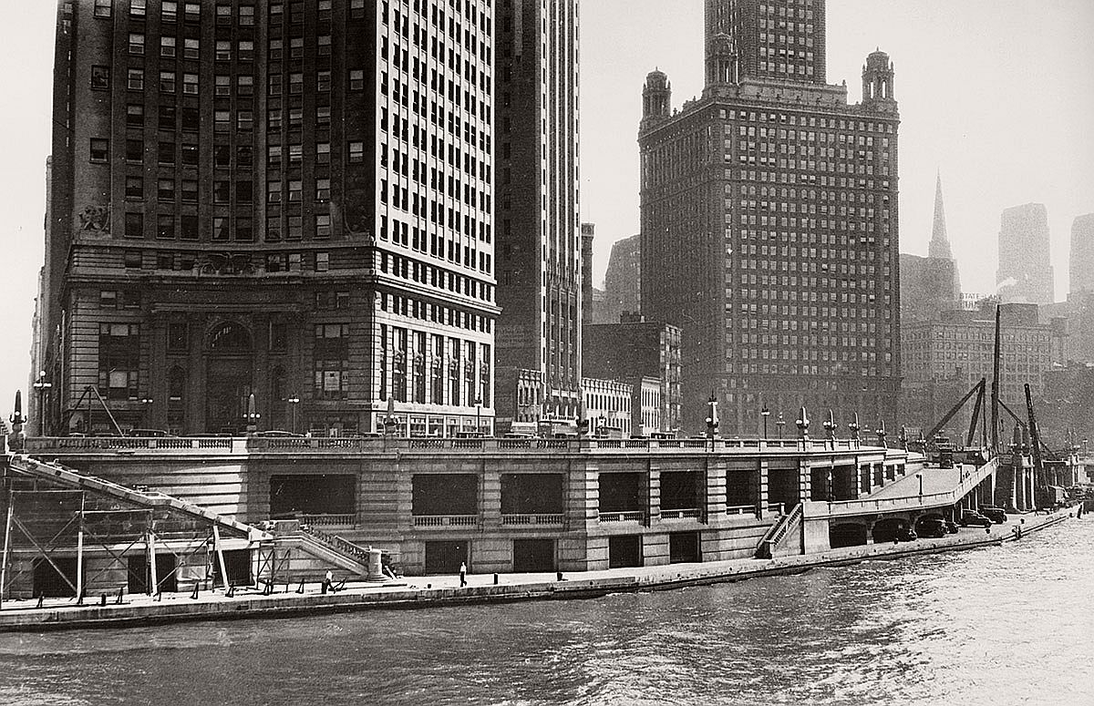 vintage-chicago-old-south-water-street-03
