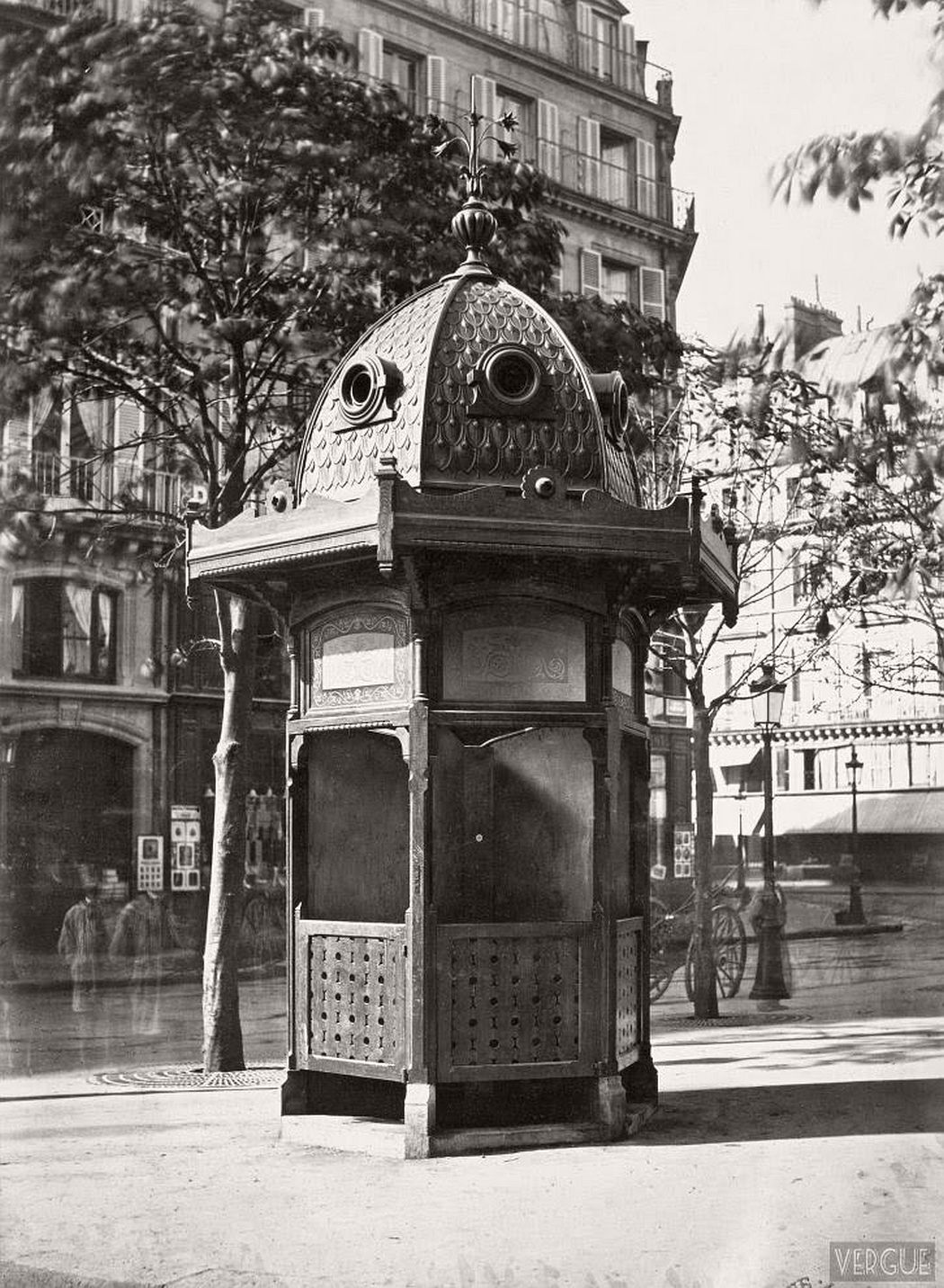vintage-public-urinals-in-paris-by-charles-marville-19th-century-02
