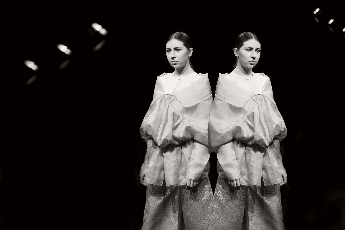 lisa-jureczko-future-monochromy-fashion-photographer-06