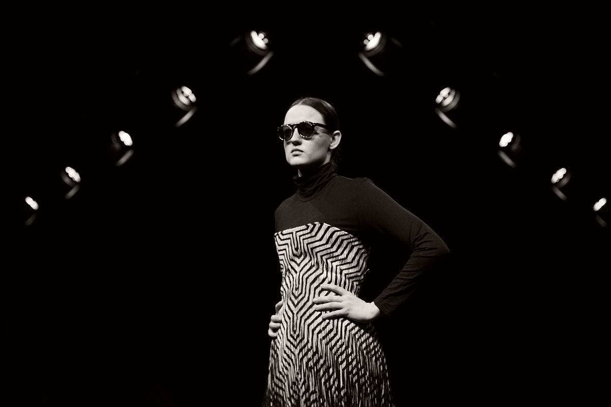 lisa-jureczko-future-monochromy-fashion-photographer-09