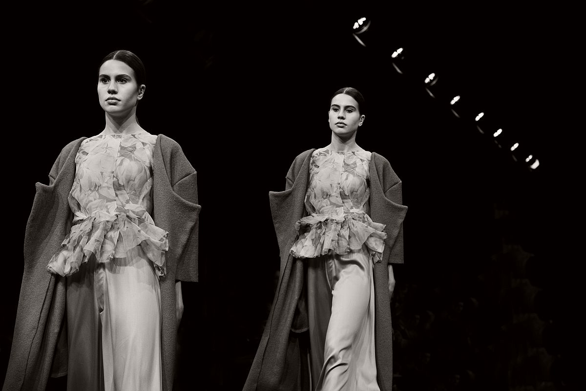 lisa-jureczko-future-monochromy-fashion-photographer-17