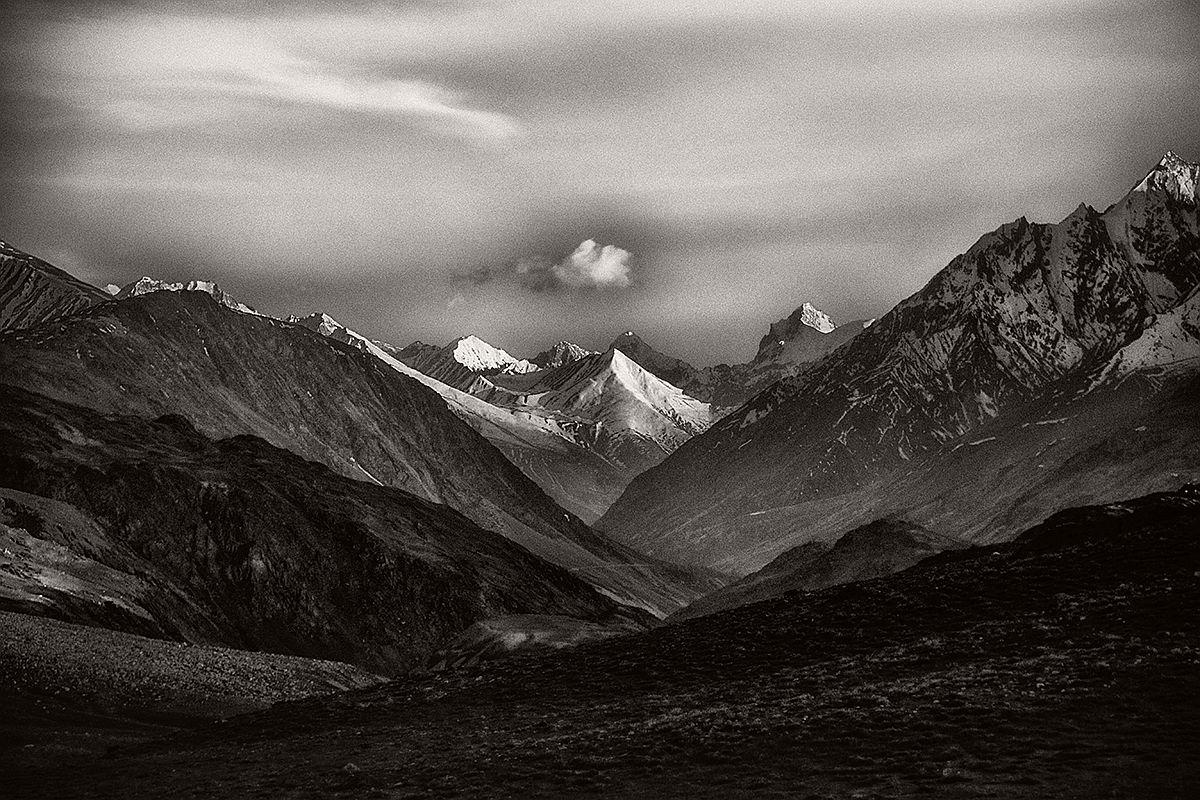 souvik-maitra-bw-landscape-photographer-05