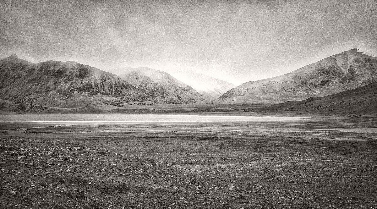 souvik-maitra-bw-landscape-photographer-08