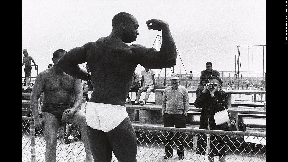 bruce-davidson-los-angeles-1964-02
