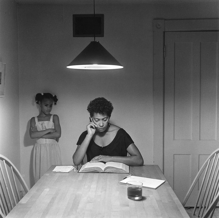 carrie-mae-weems-kitchen-table-series-02