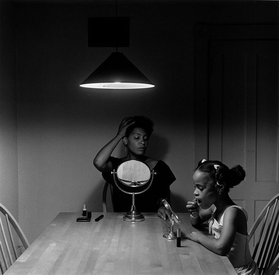 carrie-mae-weems-kitchen-table-series-05