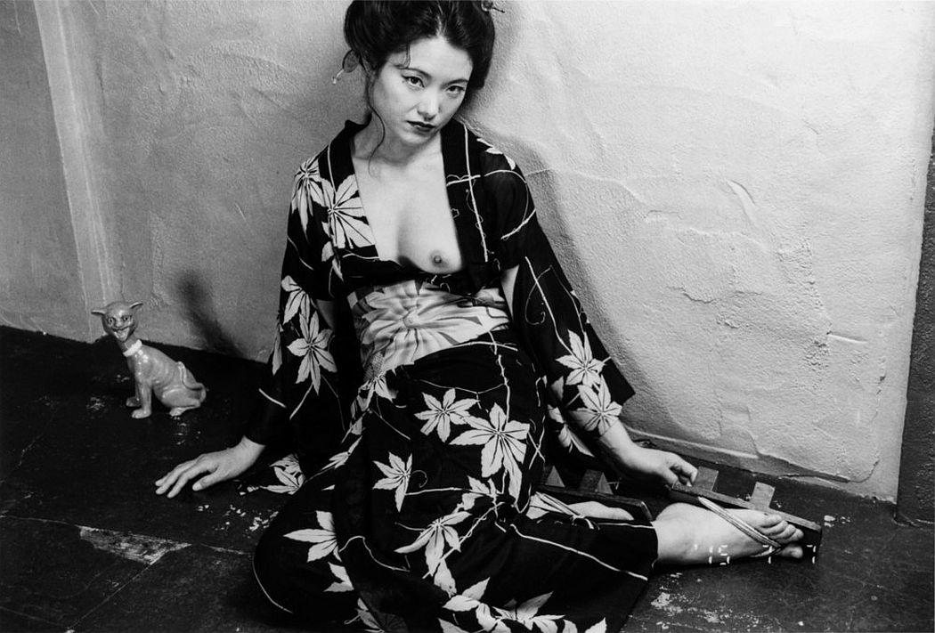 nobuyoshi-araki-eros-diary-11