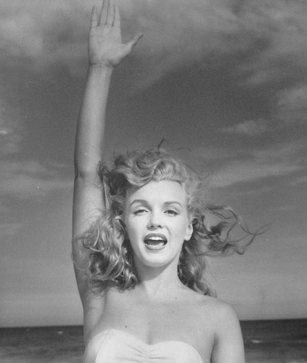 andre-de-dienes-marilyn-and-california-girls-06