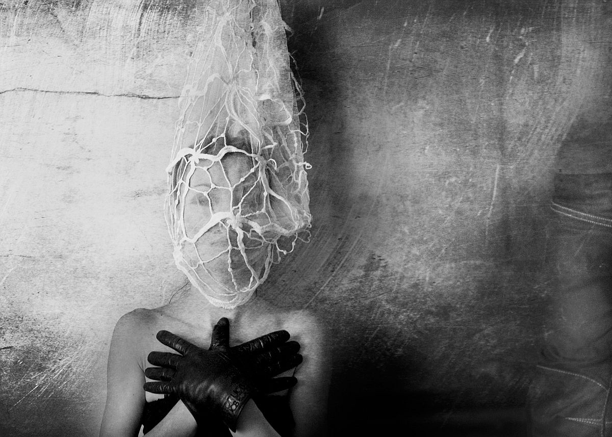 rosita-delfino-conceptual-portrait-photographer-05
