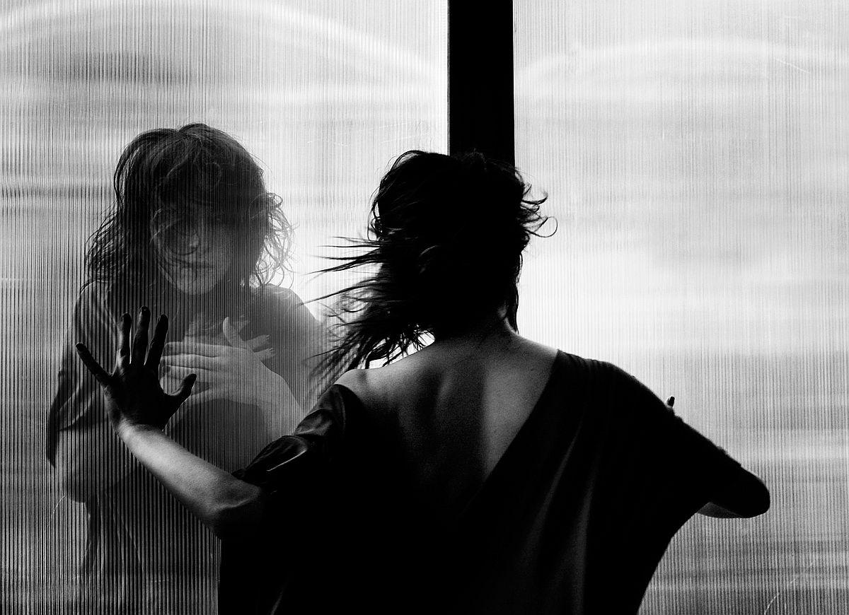 rosita-delfino-conceptual-portrait-photographer-18