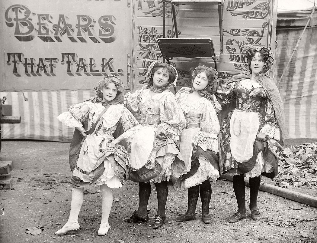 vintage-circus-performers-in-strabane-1910-1911-17
