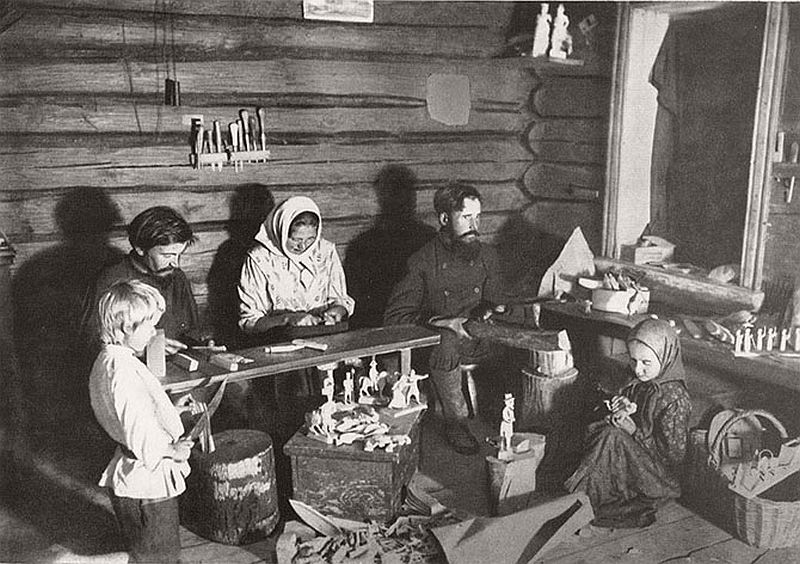 vintage-russian-peasants-and-their-craft-jobs-early-20th-century-06