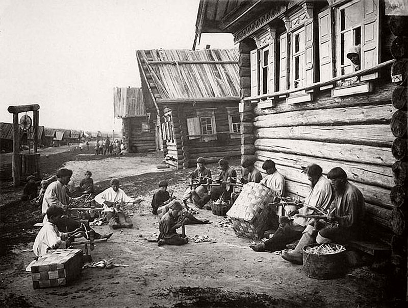 vintage-russian-peasants-and-their-craft-jobs-early-20th-century-08