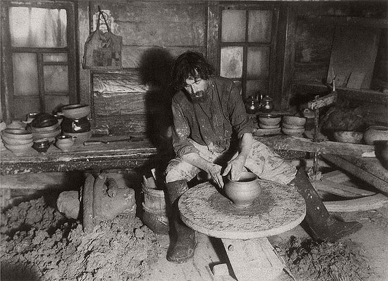 vintage-russian-peasants-and-their-craft-jobs-early-20th-century-12