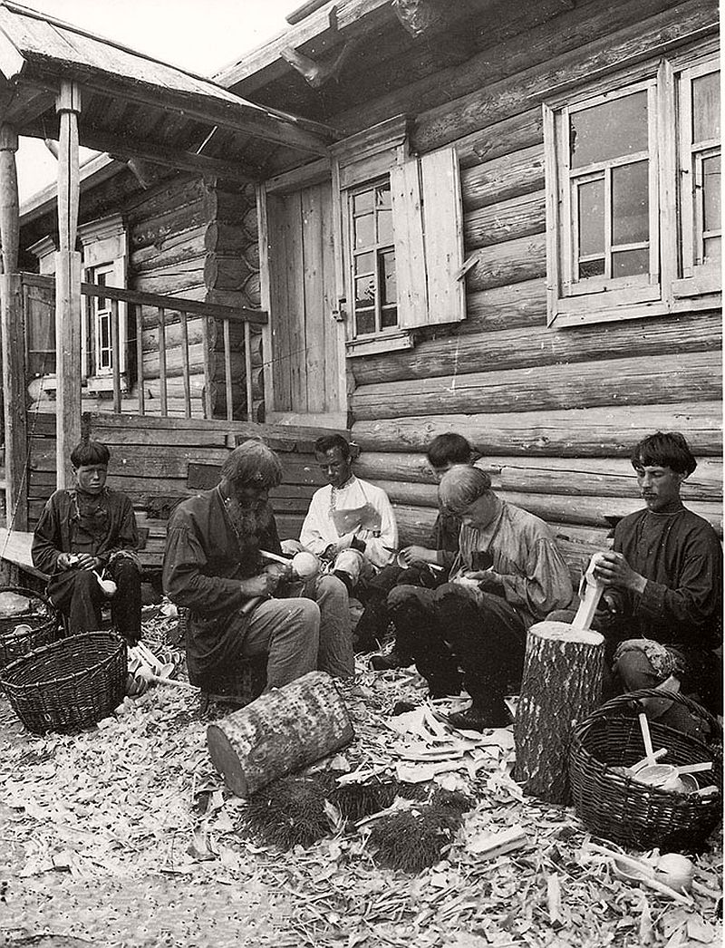 vintage-russian-peasants-and-their-craft-jobs-early-20th-century-15