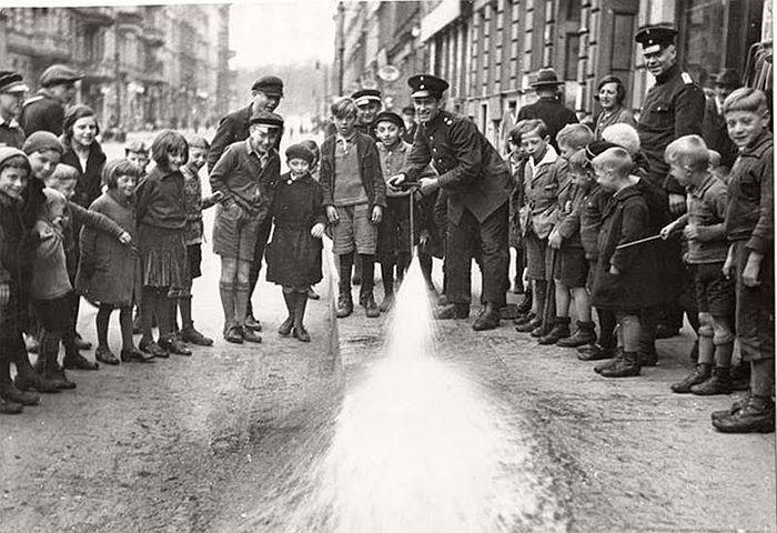 vintage-the-golden-twenties-in-berlin-1920s-09