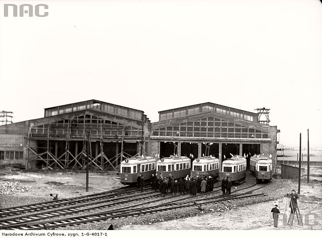 tram-depot-in-krakow-1930s