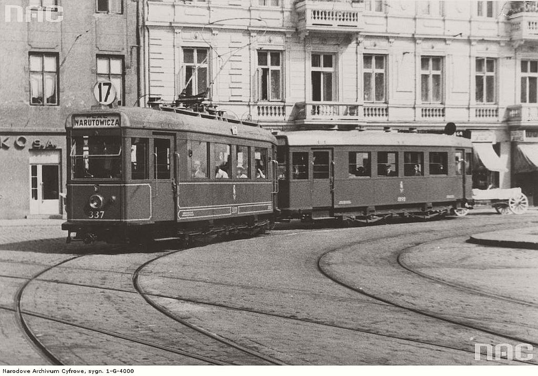 tram-near-narutowicza-place-in-warsaw-1929