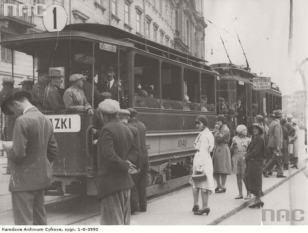 tram-type-a-in-warsaw-1935