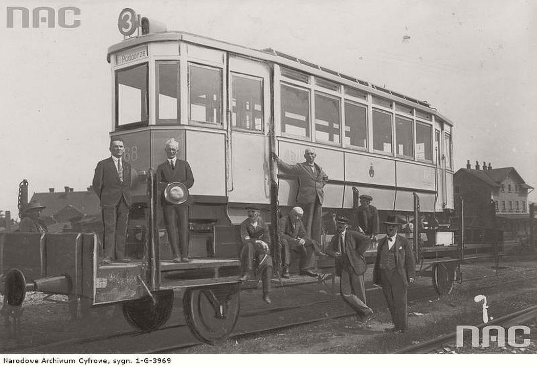 trams-in-krakow-1930