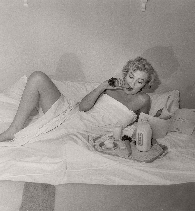 andre-de-dienes-nudes-portrait-photographer-02