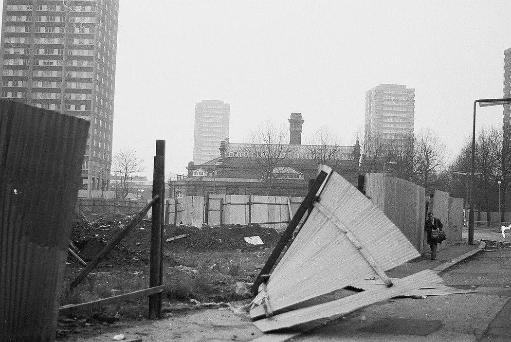 jon-savage-uninhabited-london-1977-01