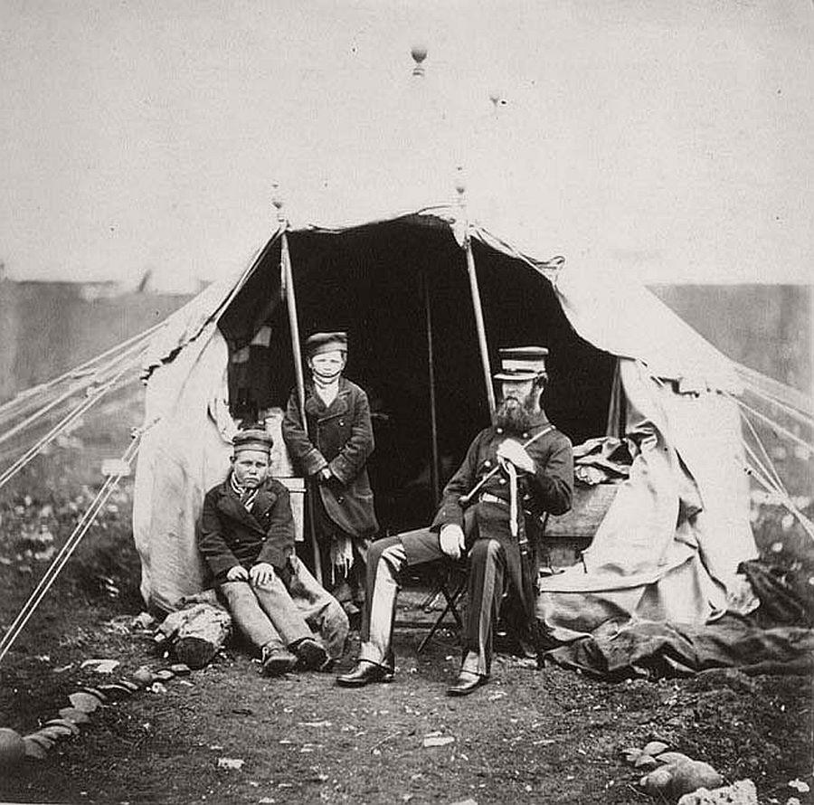 roger-fenton-pioneer-war-photographer-15