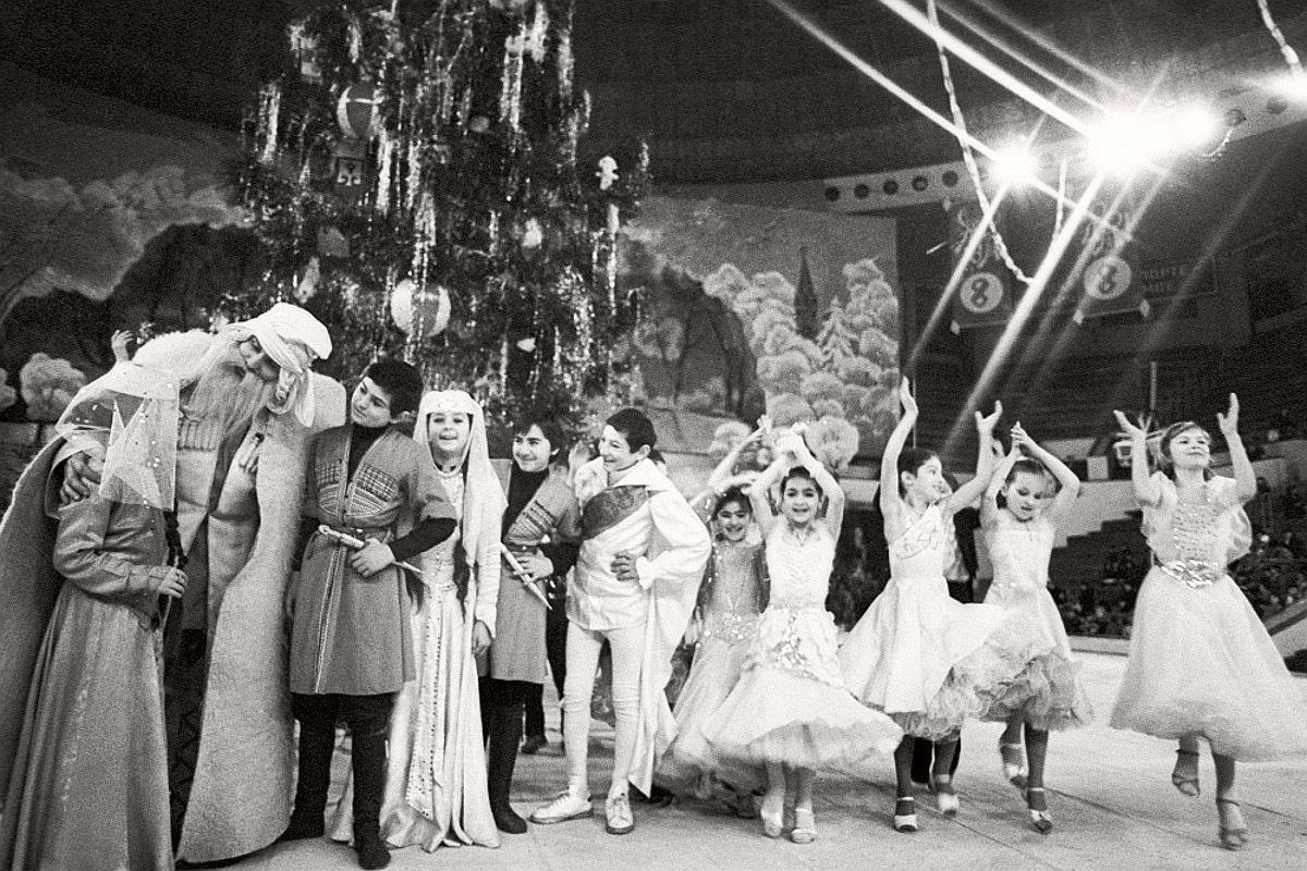 ussr-vintage-new-years-eve-in-soviet-russia-06