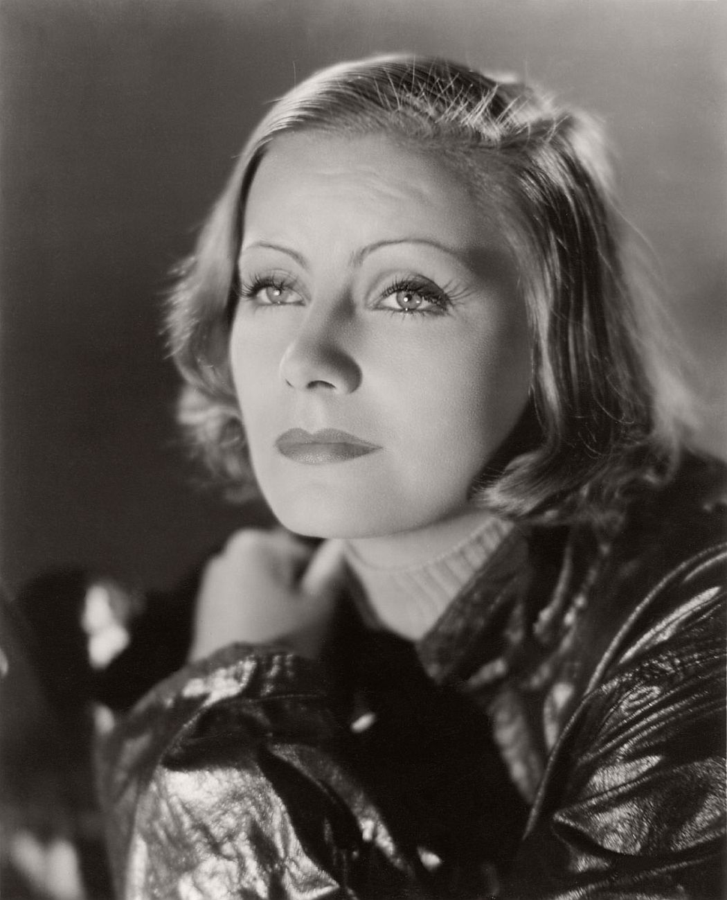 vintage-greta-garbo-portraits-1920s-1930s-02