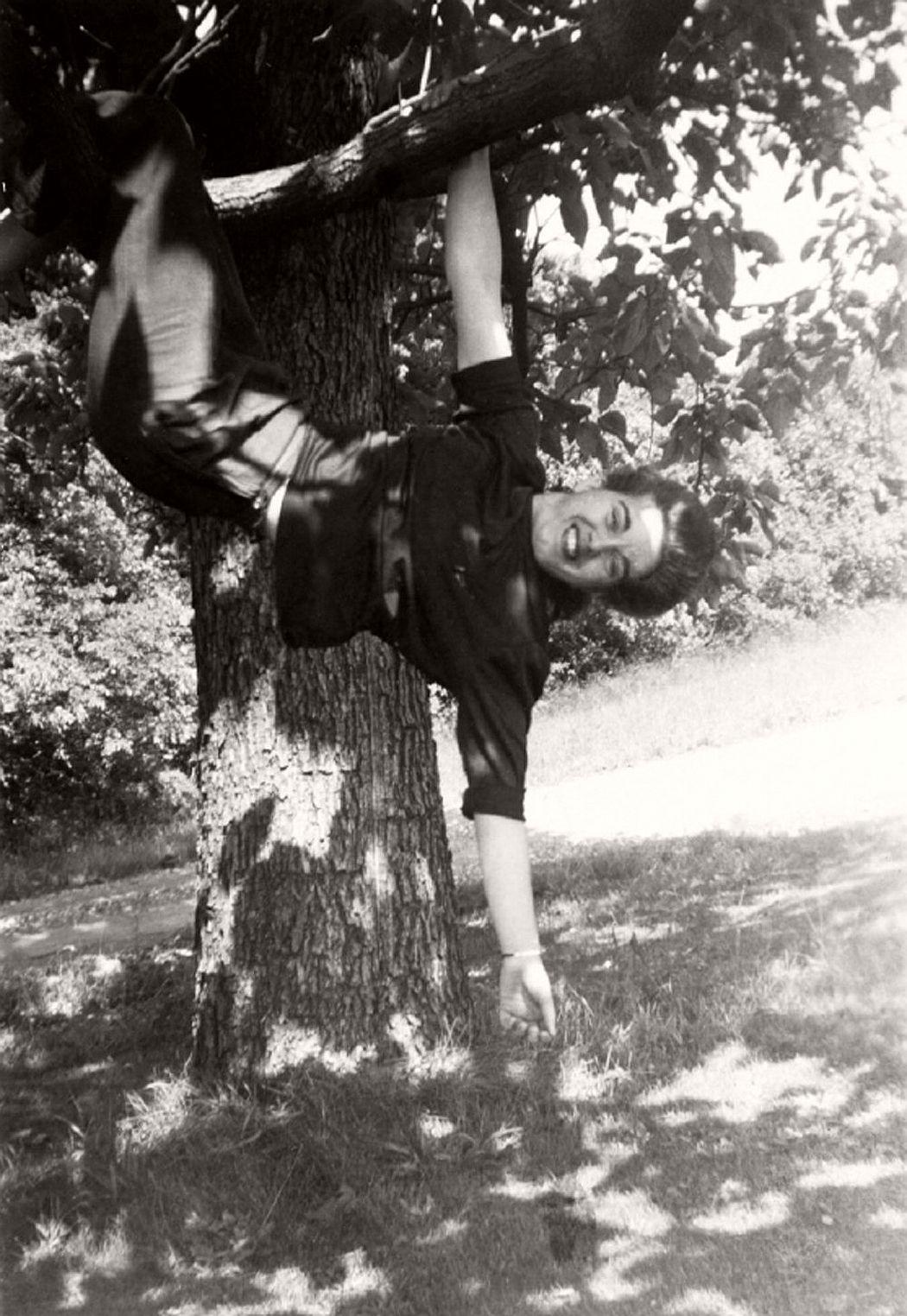 women-in-trees-hatje-cantz-02