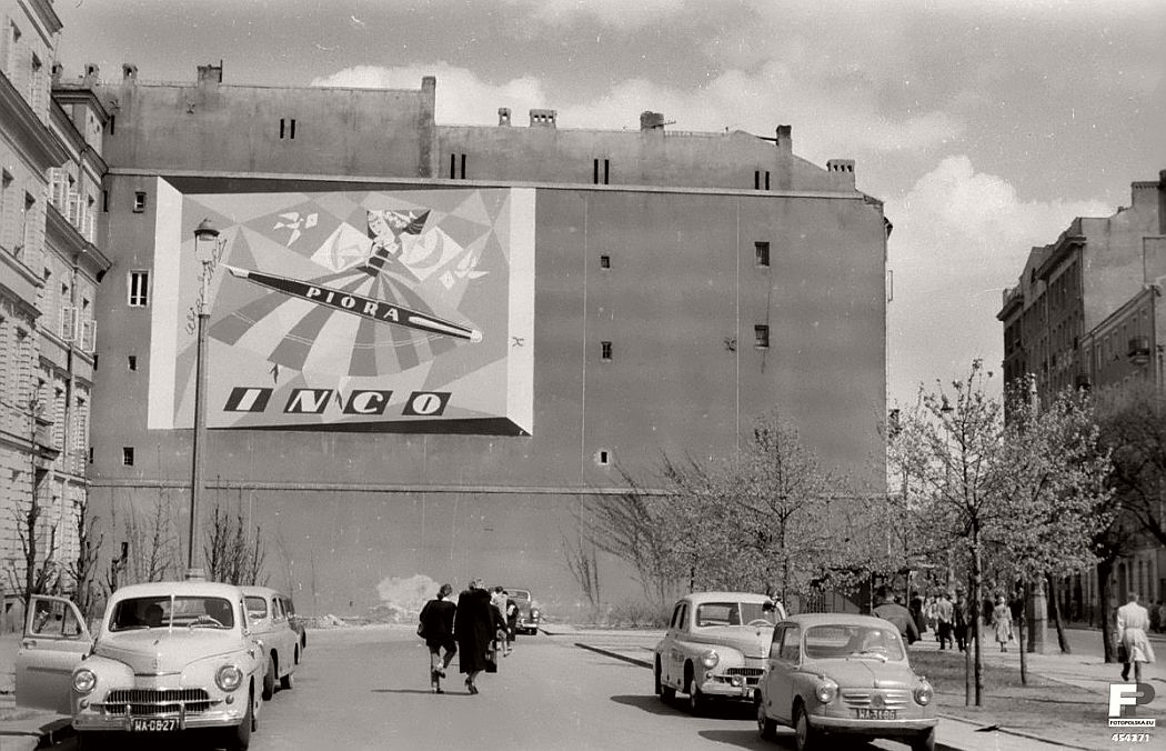 gerlad-howson-vintage-city-life-in-poland-1959-08