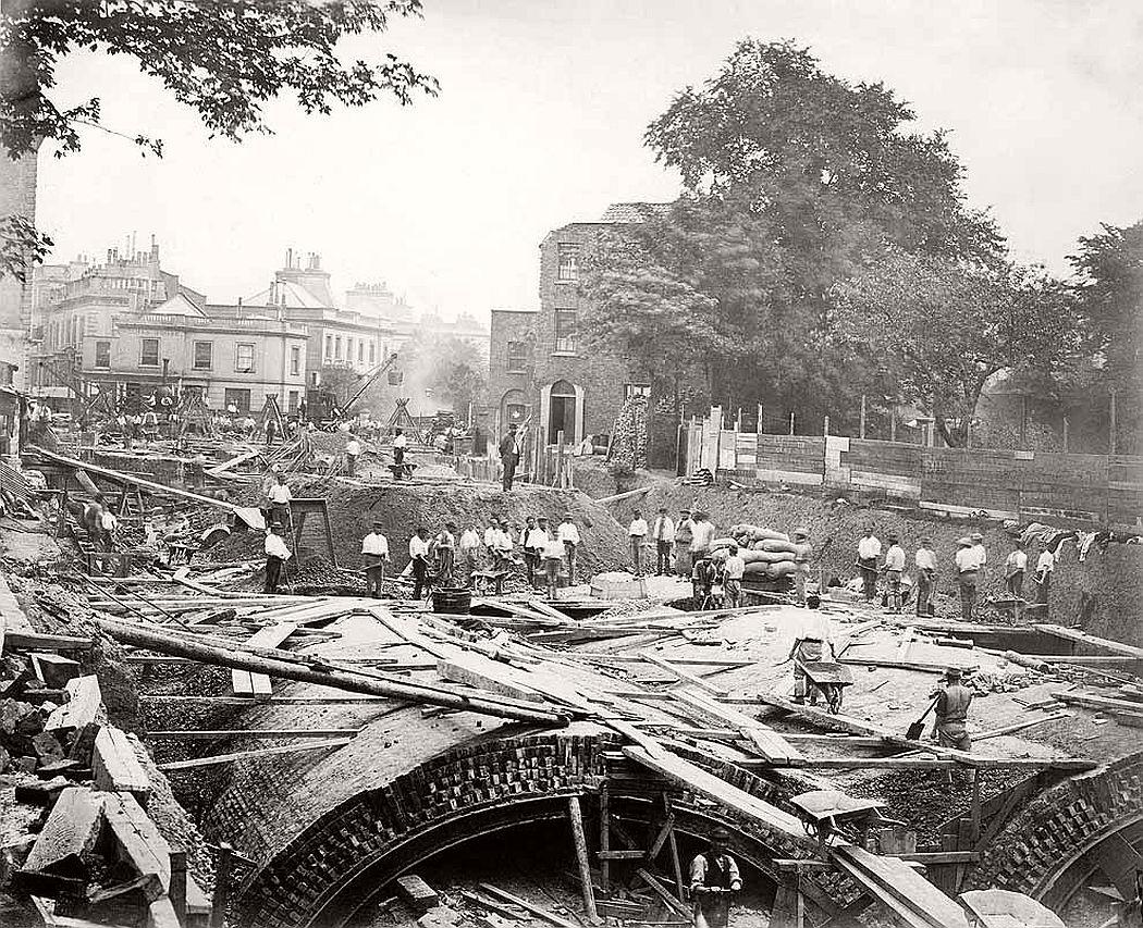 vintage-london-underground-construction-victorian-era-xix-century-04