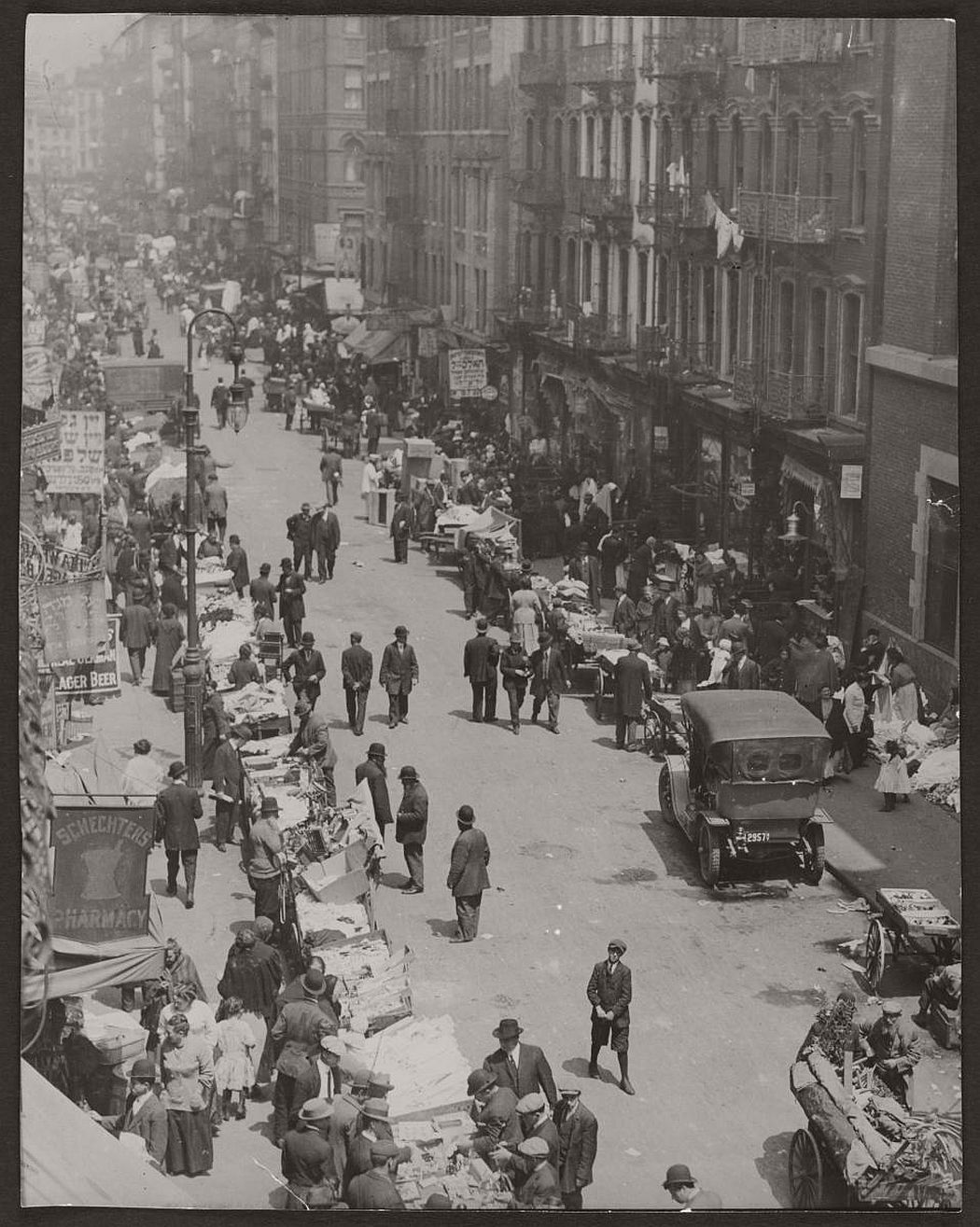 vintage-pushcart-markets-in-new-york-early-20th-century-1900s-07