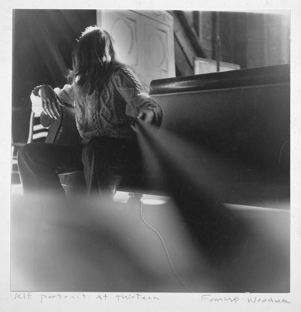 francesca-woodman-surreal-nude-04