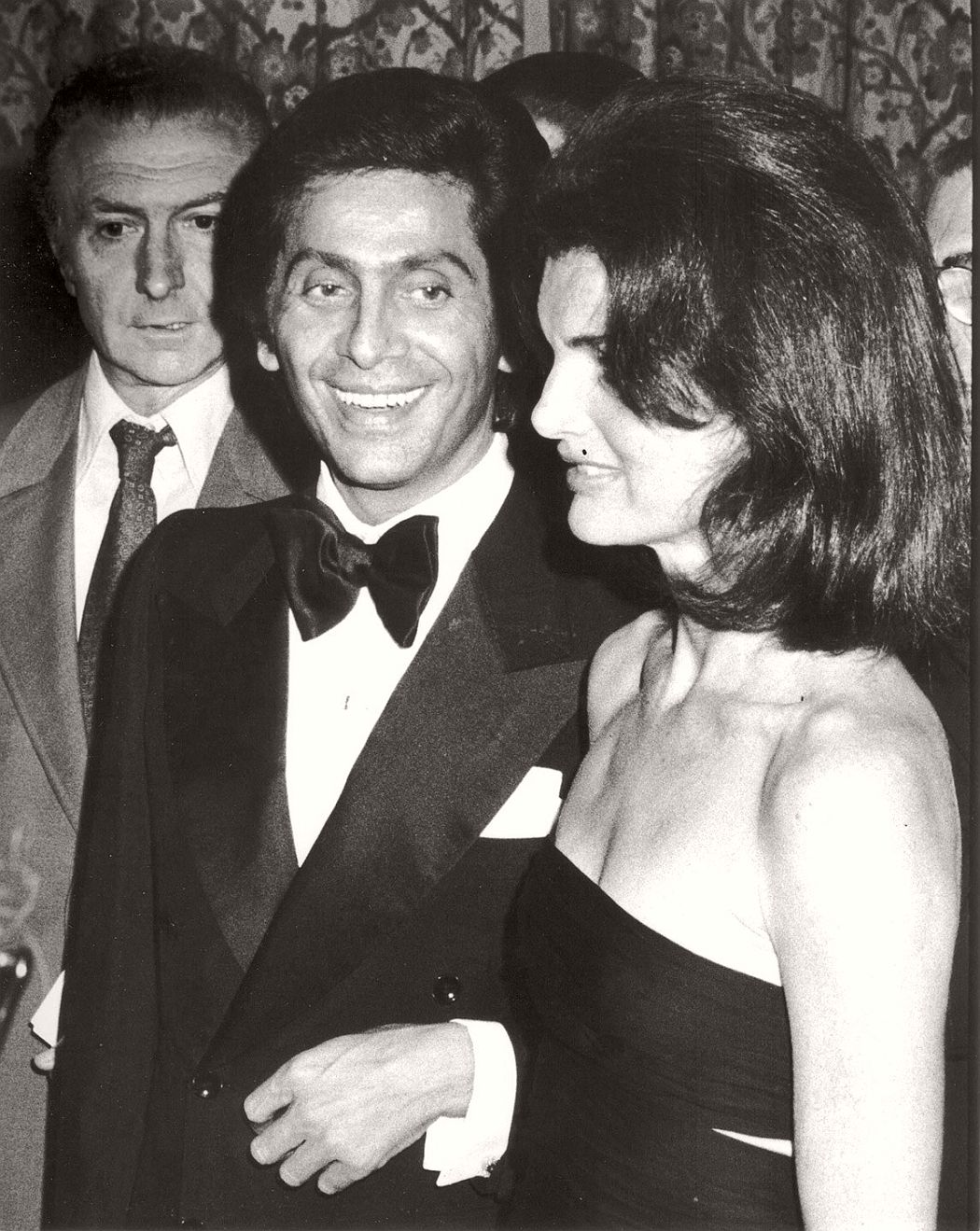 ronald-galella-biography-pioneer-paparazzo-10