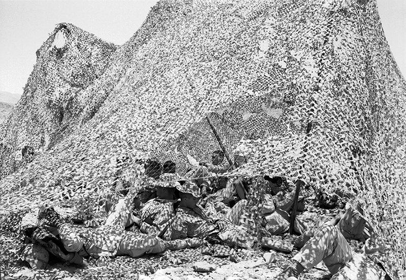 An-My Lê, 29 Palms: Infantry Platoon, Alpha Company.