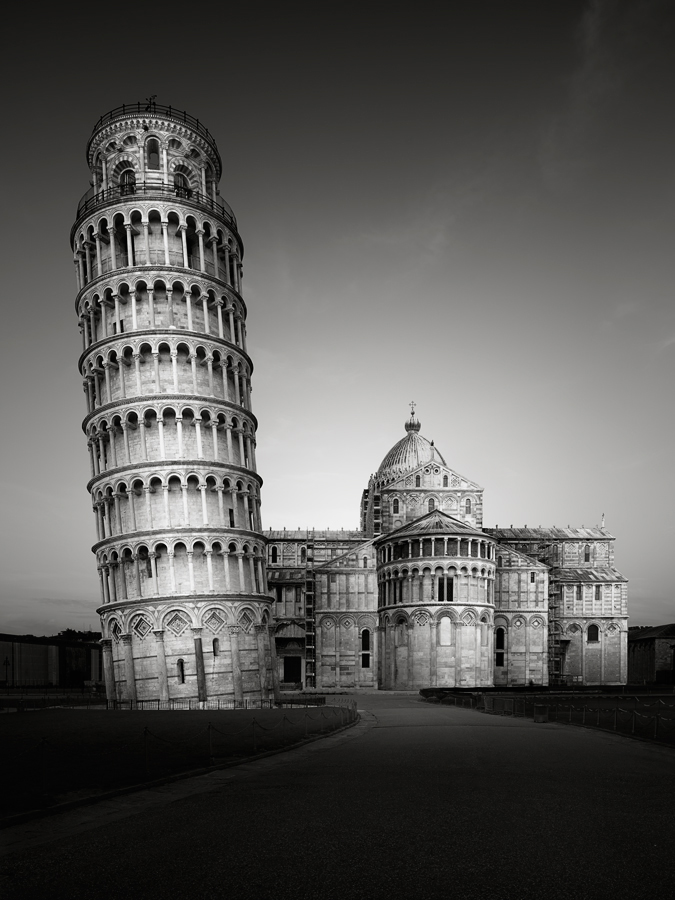 Torre di Pisa by Ronny Behnert (Germany) – 1st Place Winner – Architecture Photographer of the Year 2016