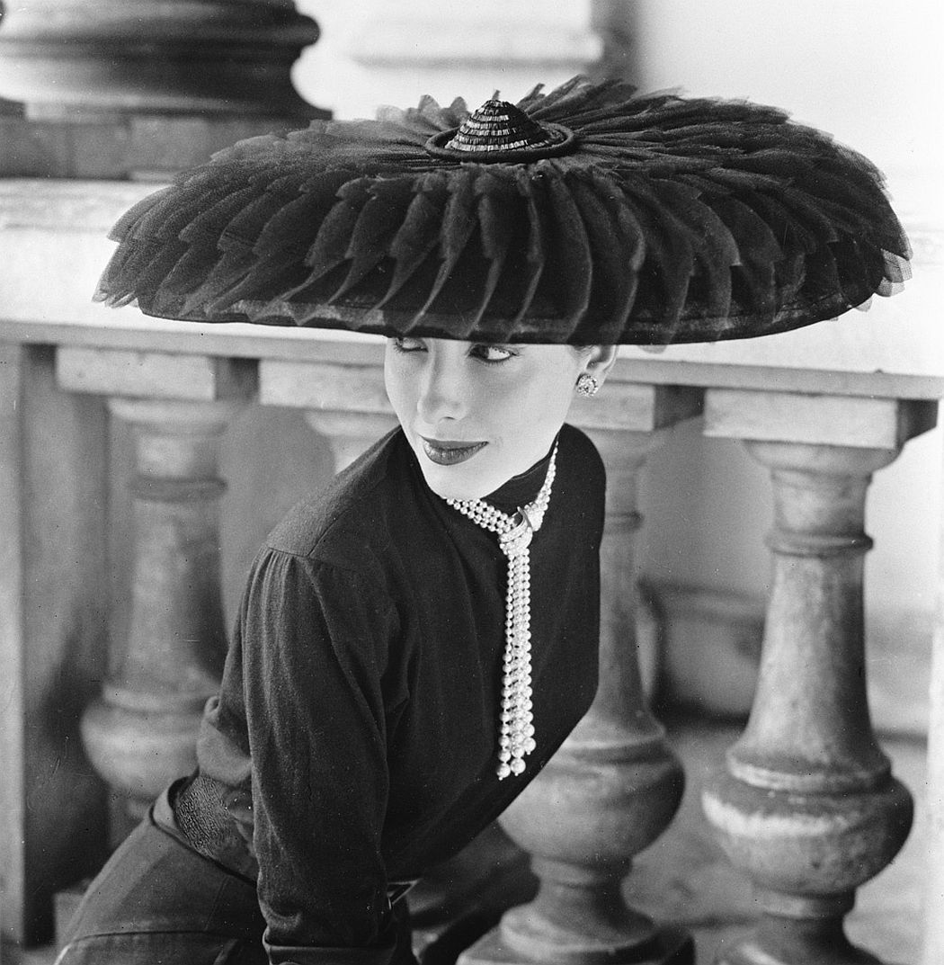 © Norman Parkinson: A Very British Glamour