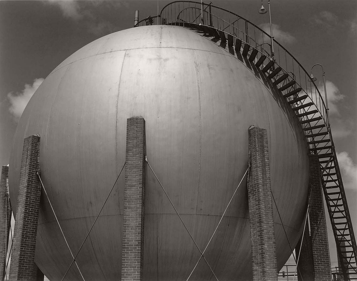 "Edward Weston, ""Gulf Oil, Port Arthur, Texas"" (1941), Huntington Library, Art Collections, and Botanical Gardens, © 1981 Center for Creative Photography, Arizona Board of Regents"