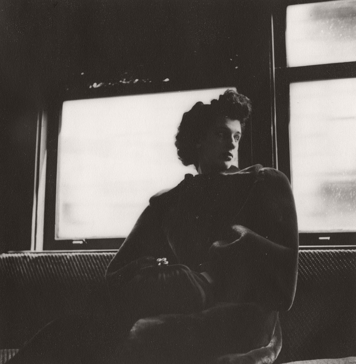 Woman, Third Avenue El, 1948